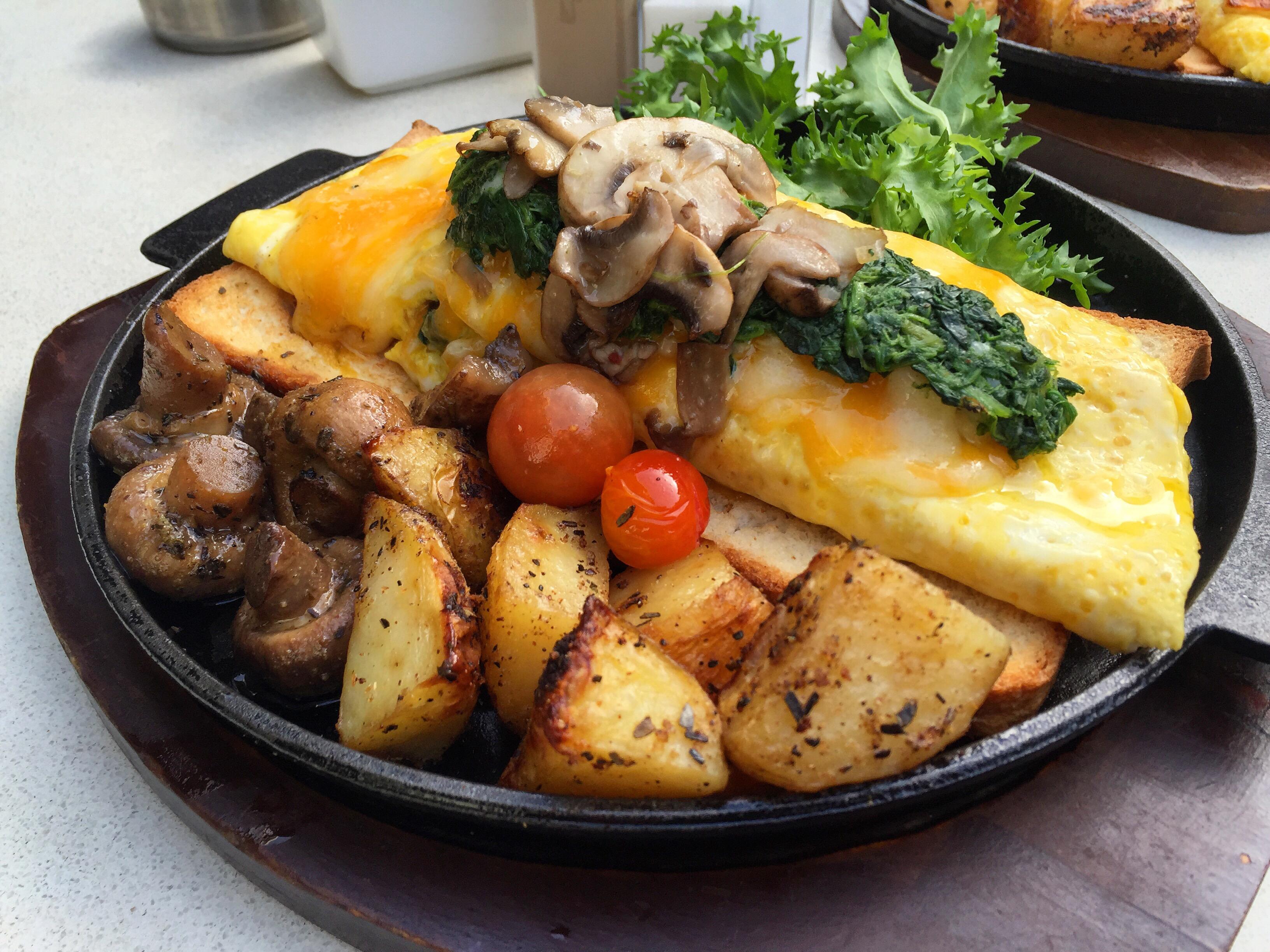 cheese eggs breakfast